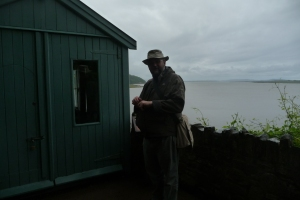 Not sure I'd get much done here...likely to be gawping at the view.  Dylan Thomas writing shack, Laugharne