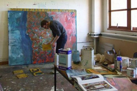artist-matthew-macaulay-at-work-at-his-coventry-studio-105622855.jpg