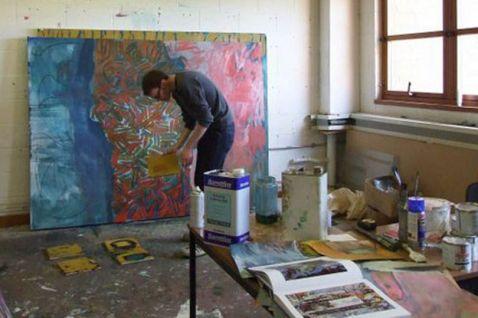 artist-matthew-macaulay-at-work-at-his-coventry-studio-105622855.jpg